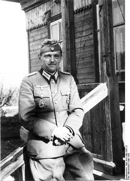 Hellmuth Stieff. Die Aufnahme stammt aus dem Mai 1942