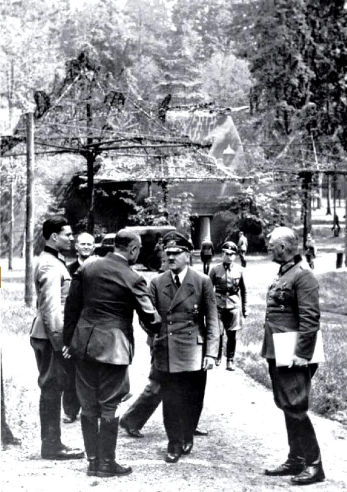 Stauffenberg und Hitler